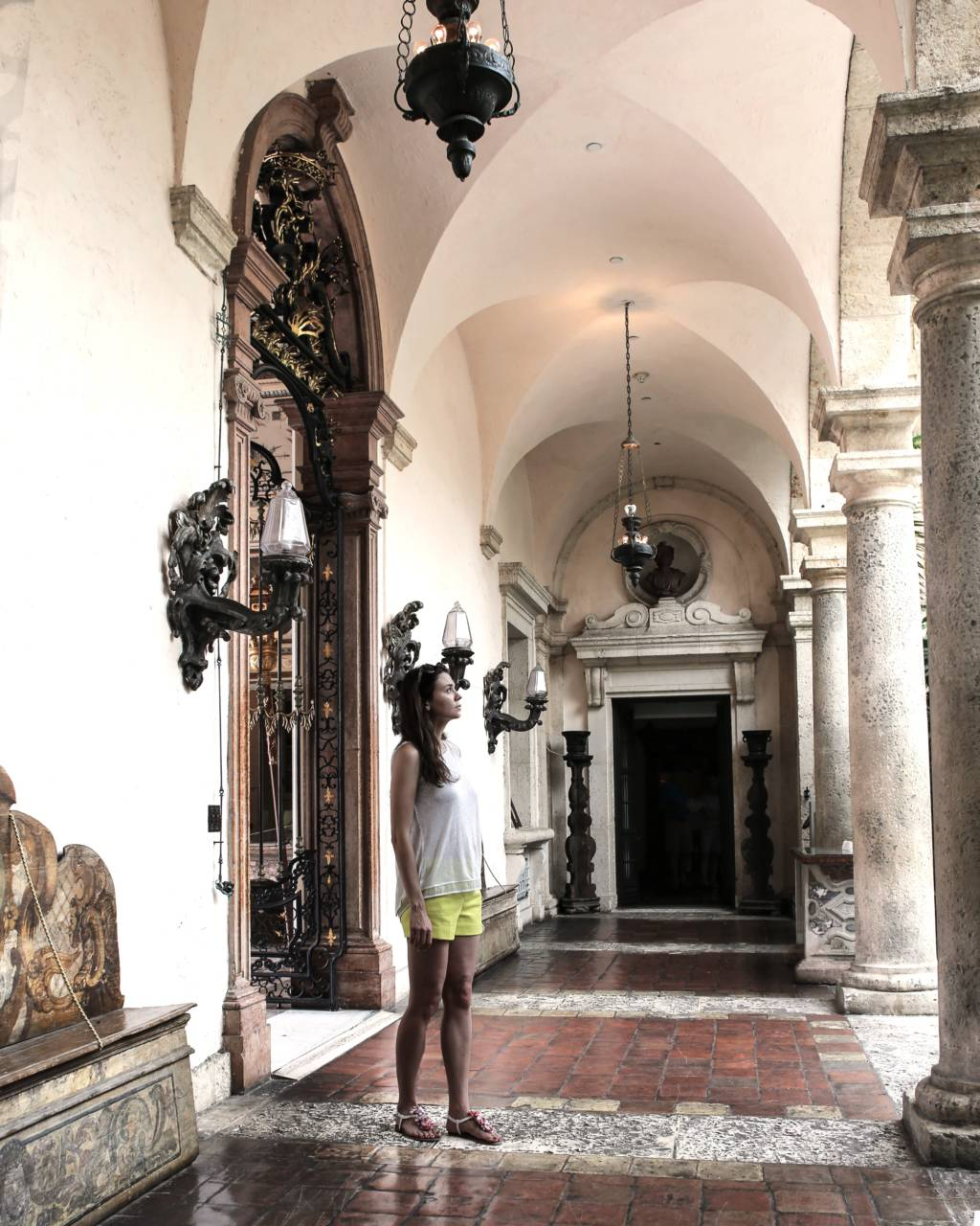 Vizcaya offers extensive gardens and spectacular interior design, great fun for the whole family in Florida.
