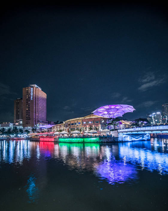 What to see in Singapore in 2 days - Stroll along the River at sunset.