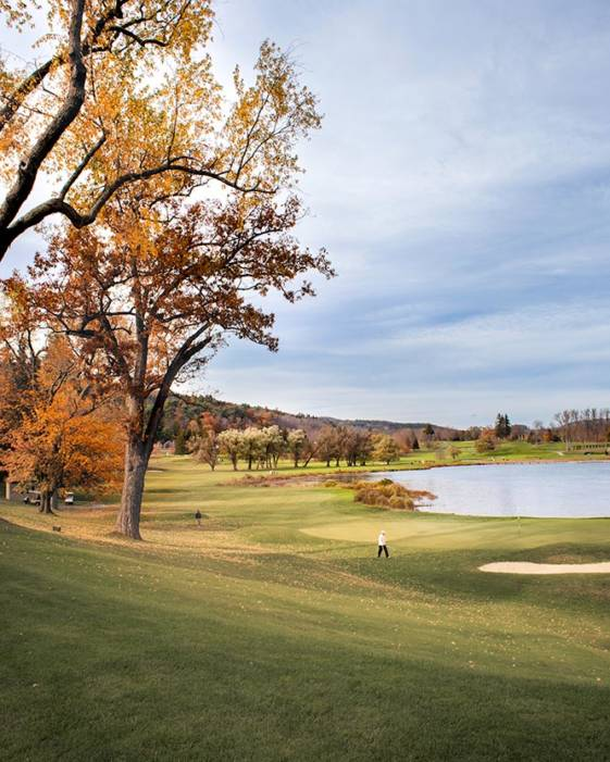Image of a golf course taken during great weekend getaways from NYC.