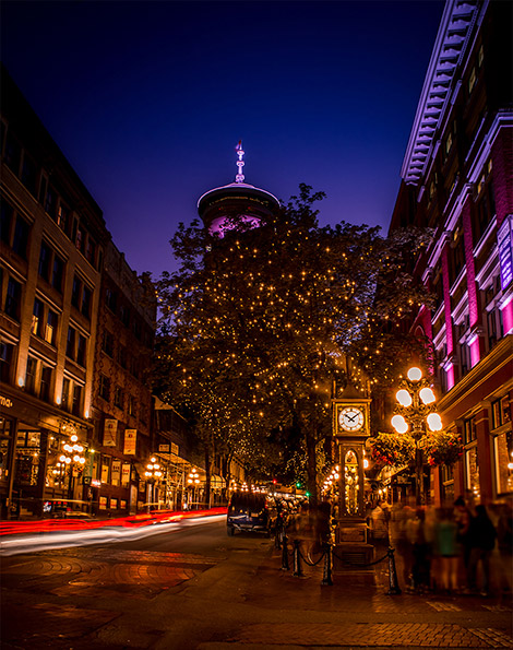 things to do in vancouver: gastown clock