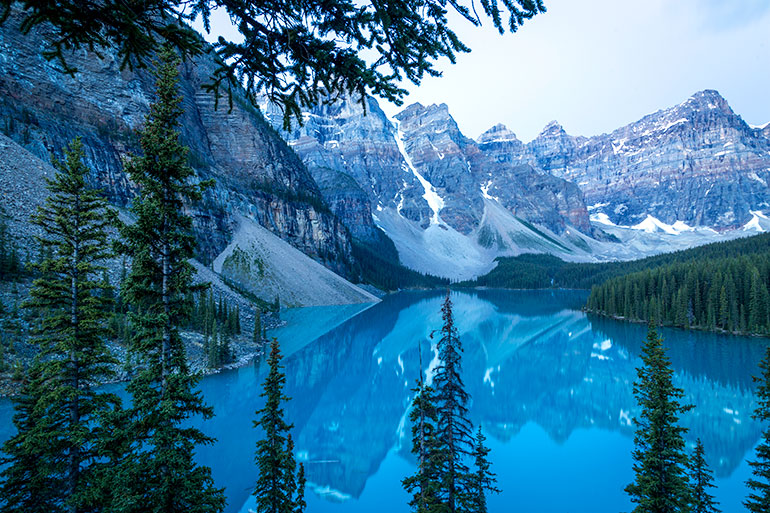 Moraine lake in the early morning, Banff National Park.