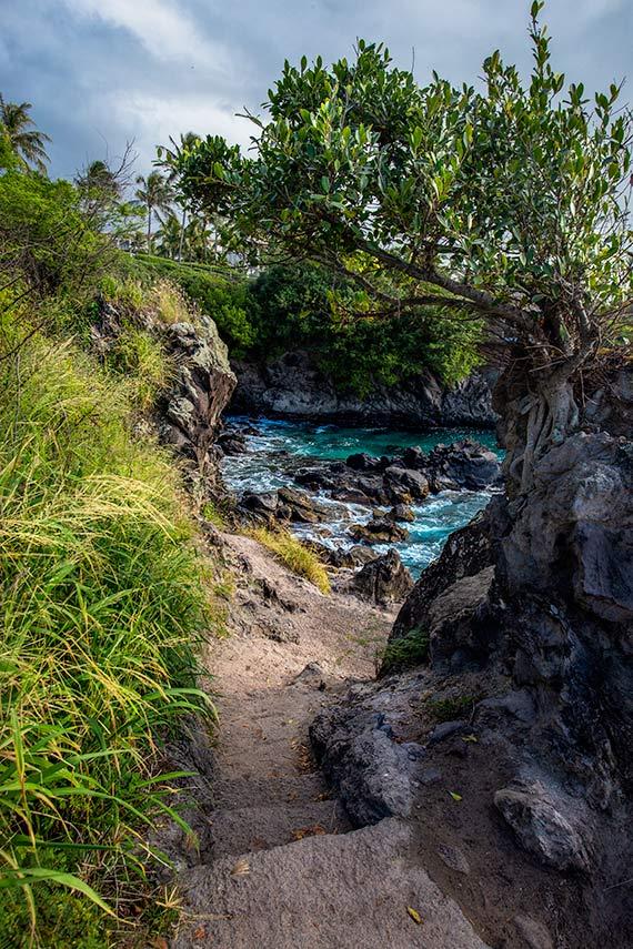 Kapalua Beach trail, Maui, Hawaii